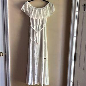 Girls/Juniors White full length dress